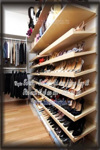 Tủ để giày dép đơn giản trong phòng thay quần áo