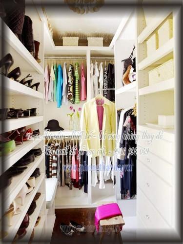 Tủ để giày bên trong phòng thay đồ
